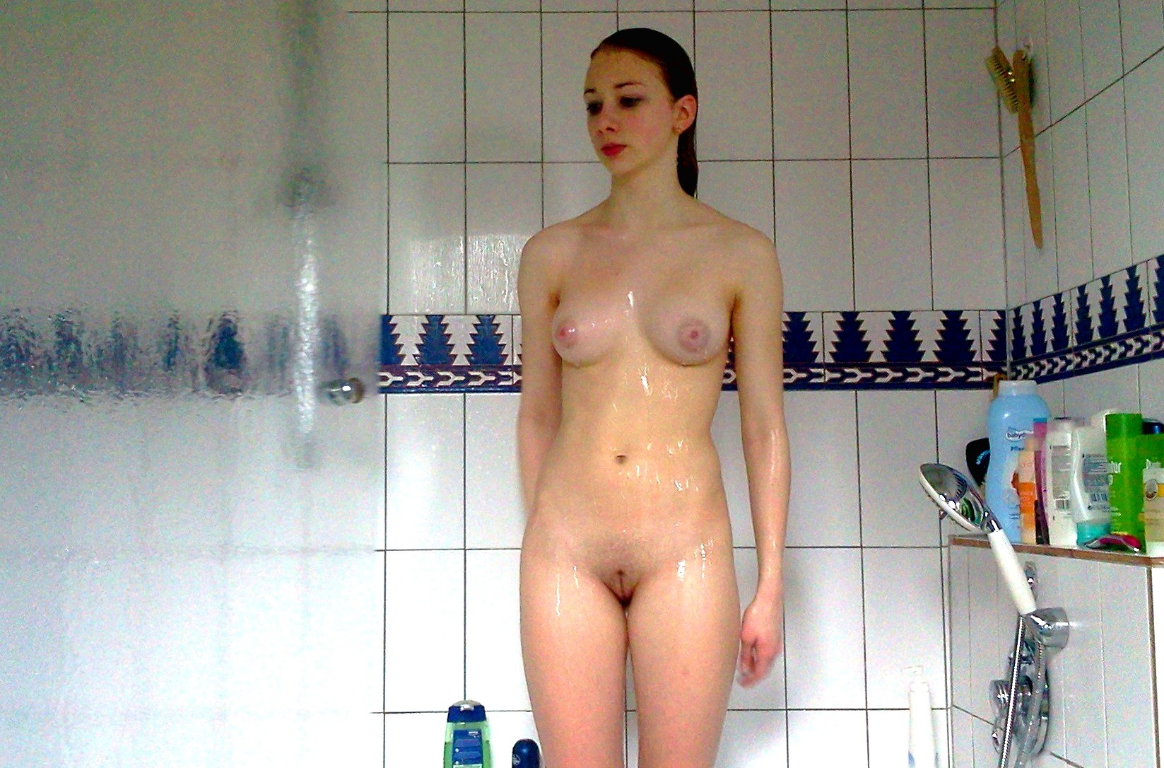 Amateur Nude Slut Taking A Shower  Free Texas Sex Chat Rooms-8525